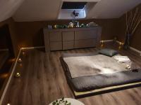 Chambre massage tantra grise Neuchâtel
