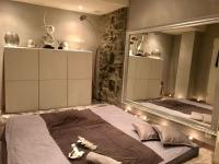 Chambre massage érotique argent Genève